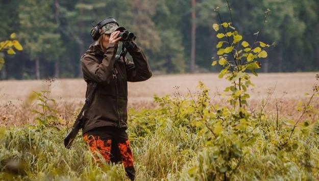 Jaktledare Ulrika Karlsson-Arne använder WeHunt tillsammans med sitt jaktlag som jagar på Sveaskogs mark.