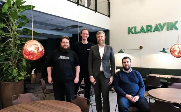 Klaraviks nya byrå för inhouseutveckling ska jobba med företagets framtida digitala lösningar. Här med Christian Knutsson, vice VD på Klaravik (andra från vänster).