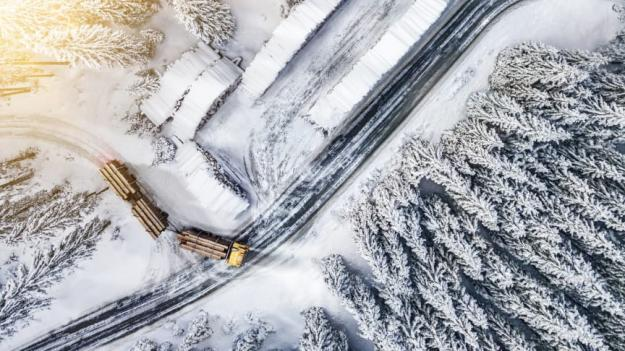 Conti Scandinavia HS3 ED är utvecklat för svåra förhållanden som exempelvis timmer- och gruvtransporter.