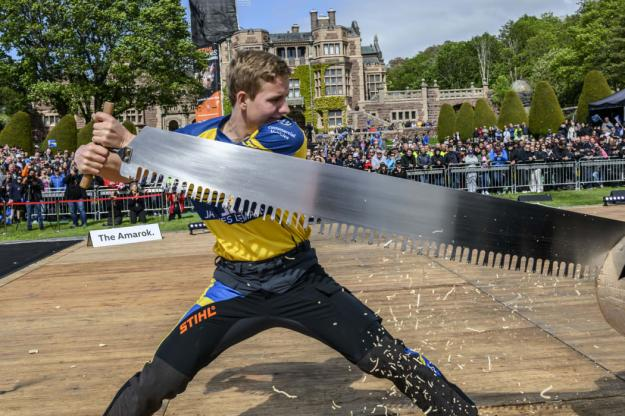 Emil Hansson är andre svensk någonsin, efter Ferry Svan, att få ett wildcard till World Trophy.
